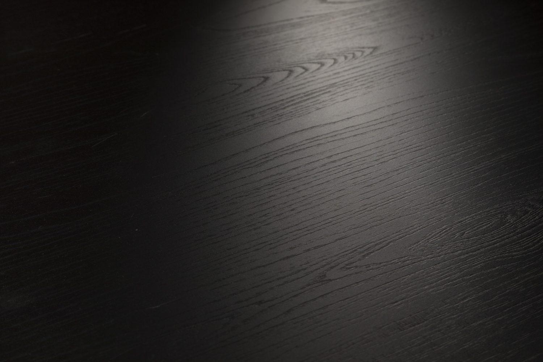 DecoLegno HPL Synchro Iepen Zwart 401 - detail