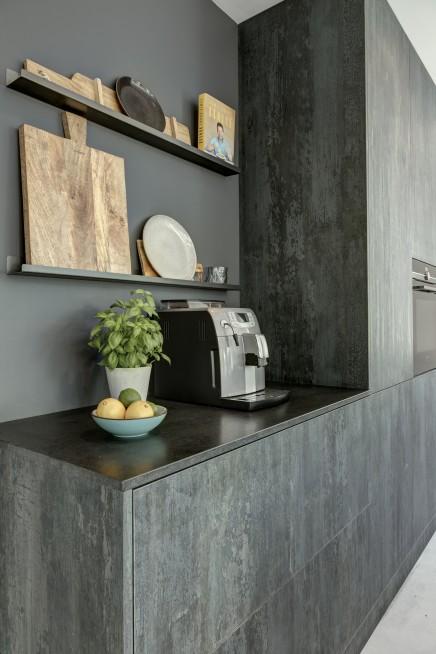 Keuken in HPL Specials Burned Black