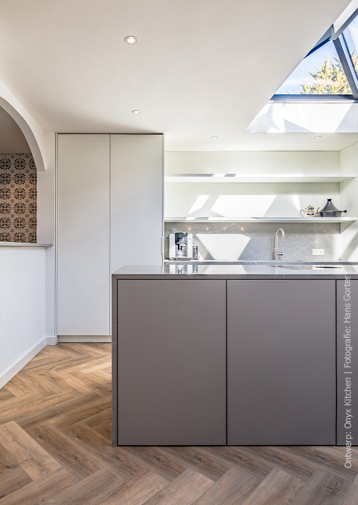 Keuken in de kleur HM04 Piombo